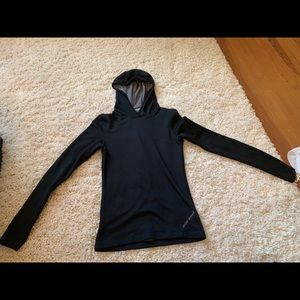 Under Armour S fitted hoodie with thumb holes.
